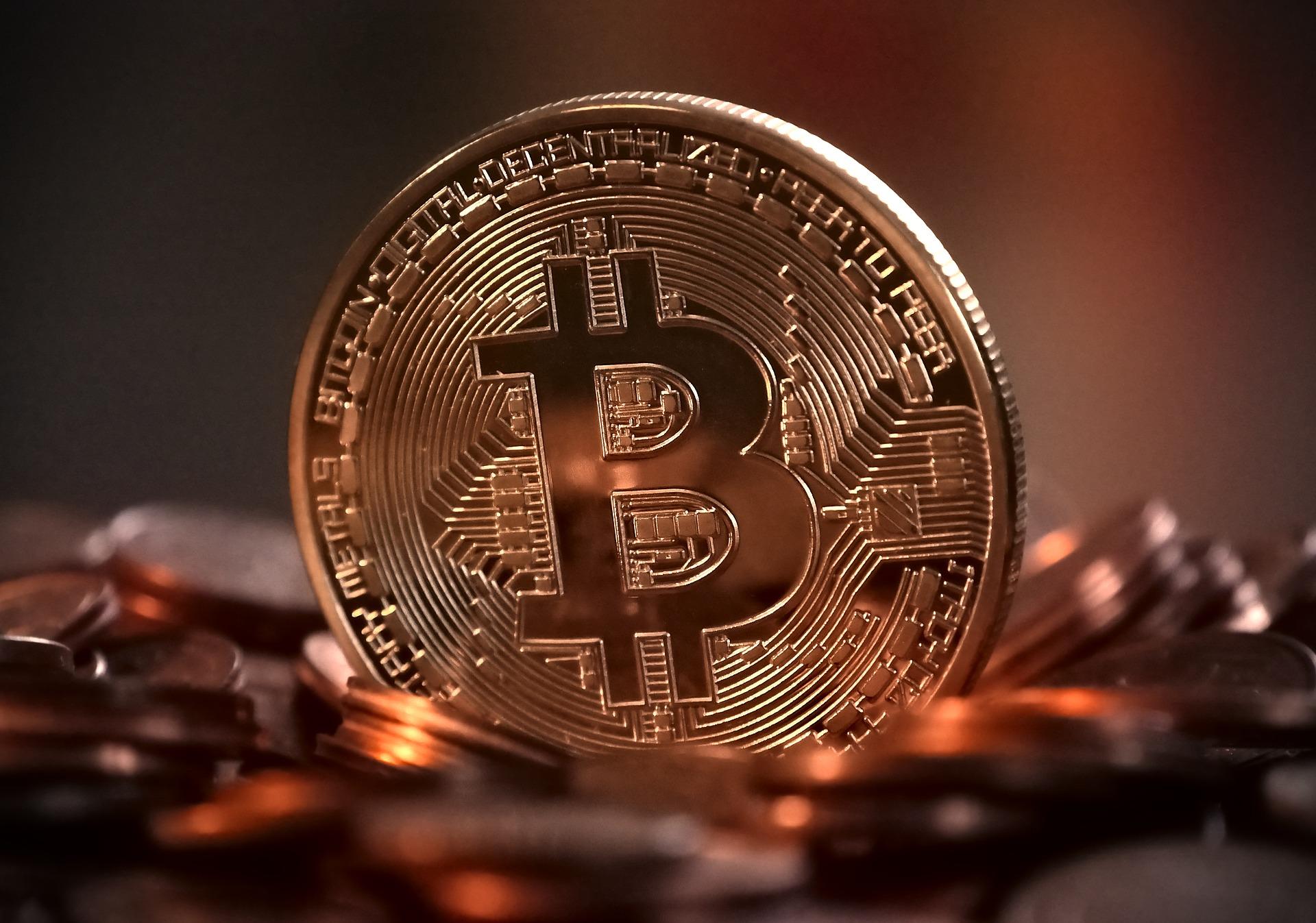 bitcoin kibocsátása)